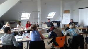 l'IEDRS dans les locaux de la fondation Kriibskrank Kanner pour un module de la formation de médiateurs